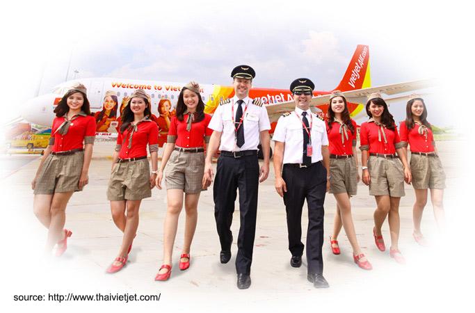 จับตาพัฒนาการบิน 2558 เอกชนเร่เปิดสายการบินและเส้นทางการบินใหม่
