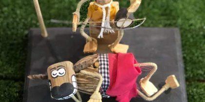 เศษไม้ไร้ค่าสู่ตุ๊กตาทำ เงิน